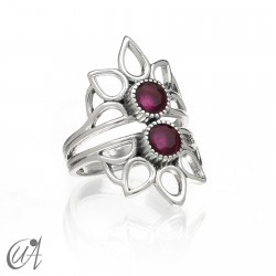 Shiva ring whith ruby in sterling silver