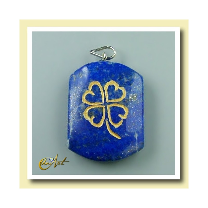 Clover - pendant engraved of lapis