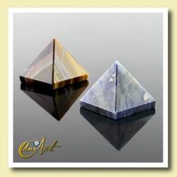 1.5 cm gemstone pyramid