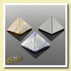 Pirámide de 2 cm en minerales