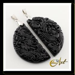 Dragon or Fénix Chinese pendant of bian stone