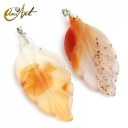 Red agate pendant in leaf shape