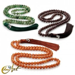 Tibetan Buddhist Mala Beads of aventurine 8 mm