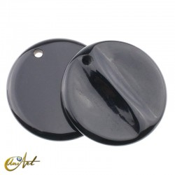 Round onyx pendant without metal