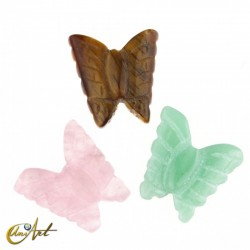 Mariposa tallada en piedra natural