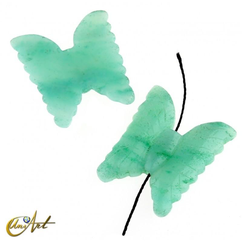 Mariposa en aventurina verde para enfilar