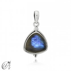 Trillant pendant in silver and labradorite