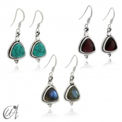 Earrings in silver and trillant stone