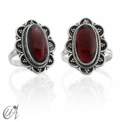Garnet - vintage oval 925 silver ring