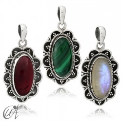 925 Silver and Gemstones - Vintage Oval Pendant