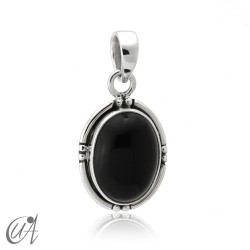 Silver and onyx - oval pendant