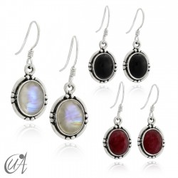 Oval earrings in sterling silver with stones