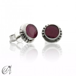 Ruby and sterling silver, round earrings model Hecate
