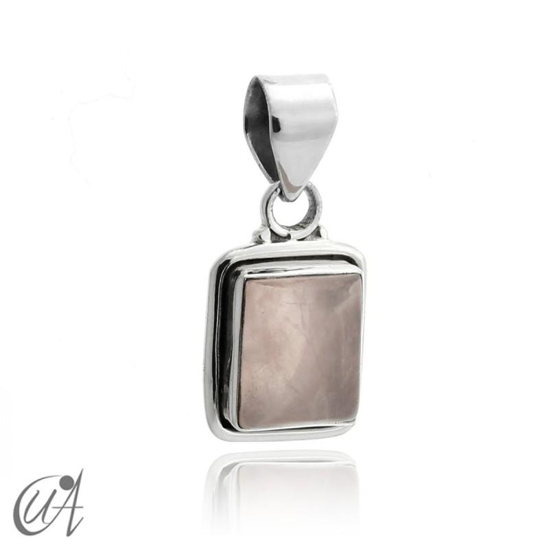 Rectangular model pendant in 925 silver with rose quartz