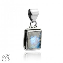 Rectangular model pendant in 925 silver with moonstone
