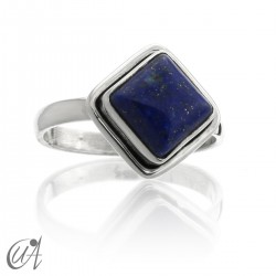Silver with lapiz lazuli - square ring