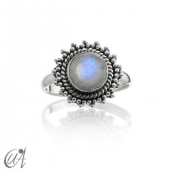 Moonstone set in silver - Suno ring