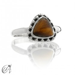 Silver ring with tiger eye, Thira