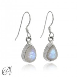 Moonstone with 925 silver - teardrop earrings