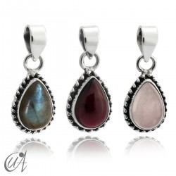 Teardrop 925 silver pendant and natural stones