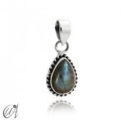 Teardrop 925 silver pendant and labradorite