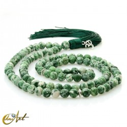 Tibetan buddhist mala 8 mm beads of spot green jasper