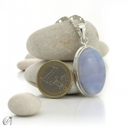 Oval chalcedony and sterling silver pendant model 1