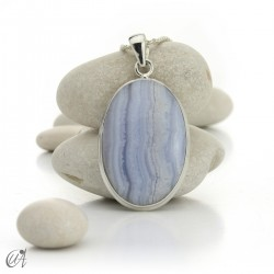 Oval chalcedony and sterling silver pendant model 4