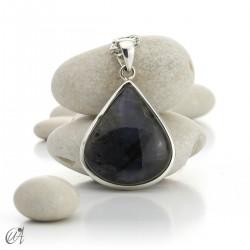 Sterling silver and labradorite drop pendant
