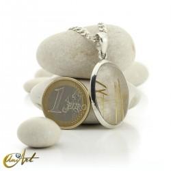 Colgante de cuarzo con rutilo y plata de ley - oval, modelo 3