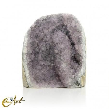 Amethyst druse: soft lavender