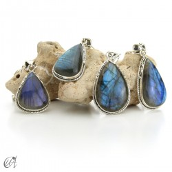 Gothic labradorite tear, silver pendant