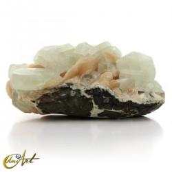 Green Apophyllite raw and Stilbite