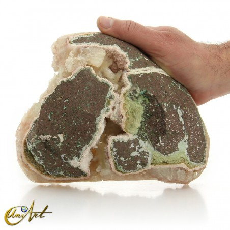Stilbite Zeolite, geode formation
