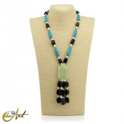 Necklace with natural stones - model 3