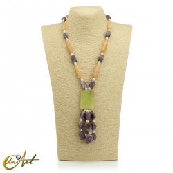Necklace with natural stones - model 4