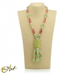 Necklace with natural stones - model 2