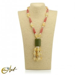 Necklace with natural stones - model 6