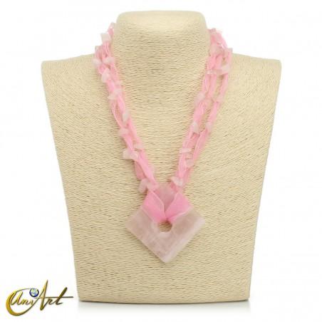 Rose quartz necklace with organza, square model