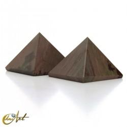 Narmada jasper pyramid