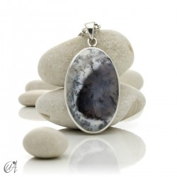 Oval pendant in 925 silver and dendritic opal, model 4