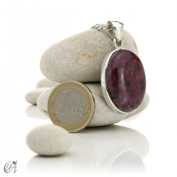 Colgante de rubí en plata de ley, ovalado -  modelo 1