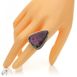 Zoisite ruby tear ring in silver, size 18