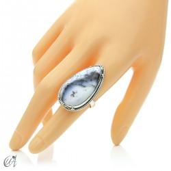 Ópalo dendrítico en plata de ley, anillo gota, talla 15