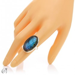 Sterling silver oval ring with labradorite, size 12 model 1