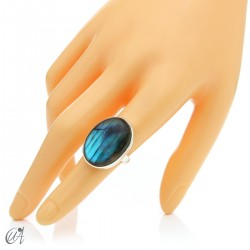 Sterling silver oval ring with labradorite, size 13 model 2