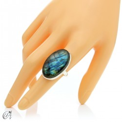 Sterling silver oval ring with labradorite, size 16 model 1