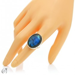 Sterling silver oval ring with labradorite, size 16 model 2