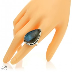 Gothic labradorite teardrop ring in silver
