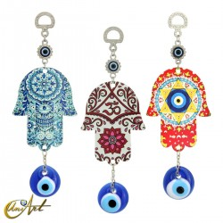 Metal hand with the Turkish evil eye